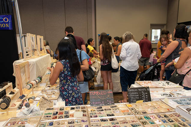 organic-holistic-metaphysical-expo-honolulu-2019-fokopoint-1088 Organic Holistic & Metaphysical Expo