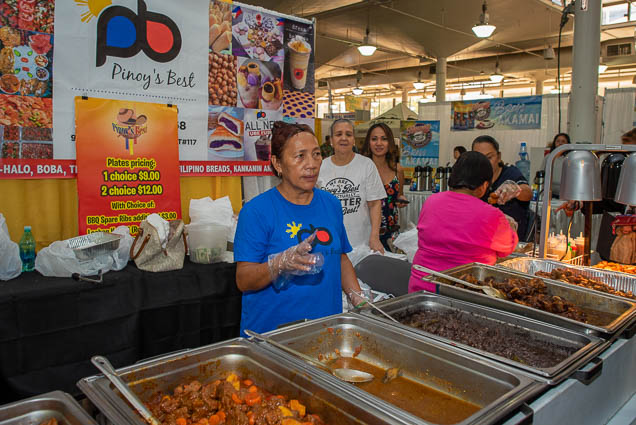 pinoys-best-fokopoint-1129 Food and New Product Show at the Blaisdell