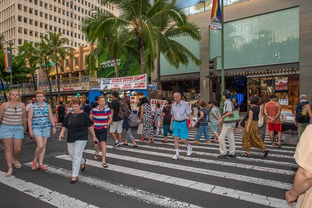 waikiki-beachcomber-kalakaua-avenue-fokopoint-1235 Waikiki Bazaar Festival