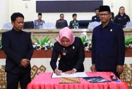 RAPBD-P Kabupaten Tulangbawang Sudah Diketok di Rapat Paripurna