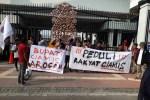 Diduga Rotasi Jabatan Demi Politik, Bupati Ciamis Dilaporkan ke Kemendagri