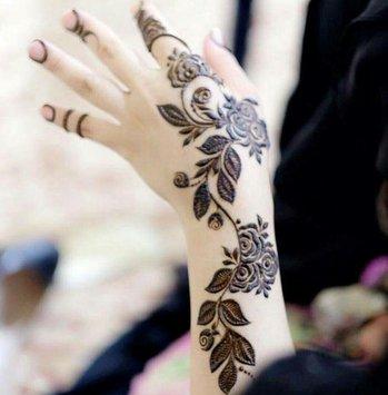 Mehandi Designs Arabic Style Simple