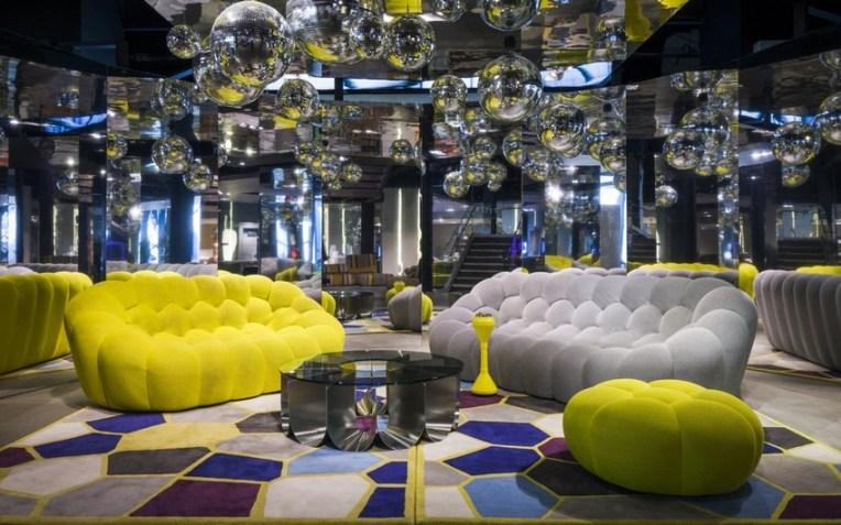 Bubble-Sofa-by-Sacha-Lakic-stylish-colourful-and-completely-handmade-www.homeworlddesign.-com-10[1]