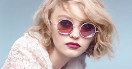 Daughter-of-Vanessa-Paradis-and-Johnny-Depp-Lily-Rose-Depp