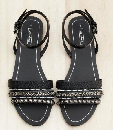 bsk Beaded flat sandals 2790
