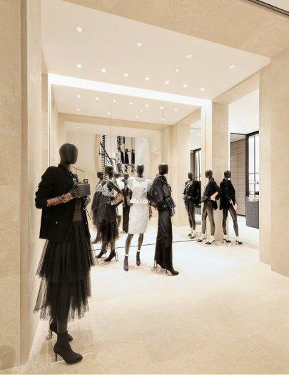 Chanel-Boutique-12