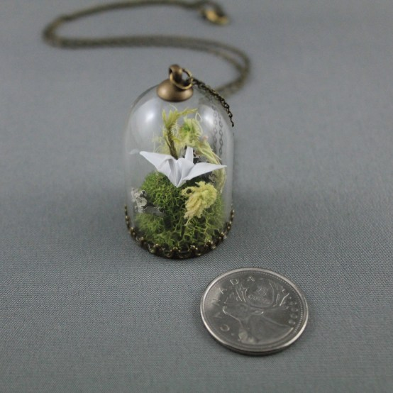 origami_paper_crane_necklace_paper_anniversary_necklace_moss_terrarium_necklace_origami_jewelry_2