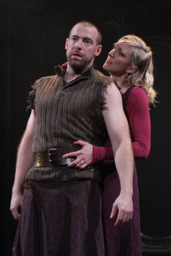Ian Peakes as Macbeth with Kate Eastwood Norris as Lady Macbeth. Photo by Carol Pratt.