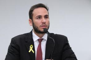 Caçamba de entulho na calçada dará multa, ameaça Affonso Cândido - Folha de  Rondônia News