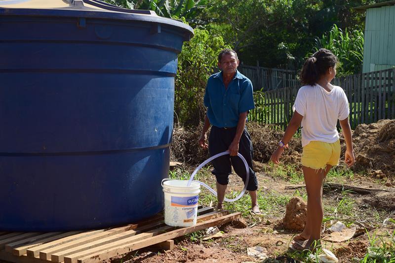 Distribuição de água no panorama (Fotos Assis Lima) (9) (Copy)