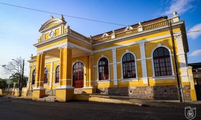 Estação Ferroviária é ponto de vacinação contra a Covid-19 para profissionais de saúde