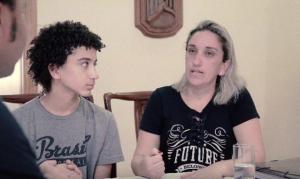 """Garoto com câncer desperta do coma após mãe orar: """"Deus, Meu filho está em Suas mãos"""""""