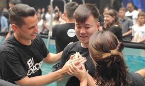 Jovem de 26 anos morto por coronavírus foi batizado e frequentava igreja em São Paulo