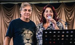 Pastor Carlos Moysés e esposa deixam hospital após se recuperarem do coronavírus