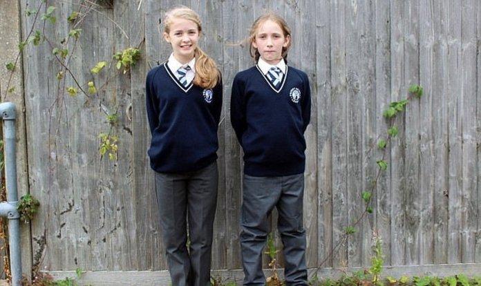 Crianças com uniforme de gênero neutro na Grã-Bretanha
