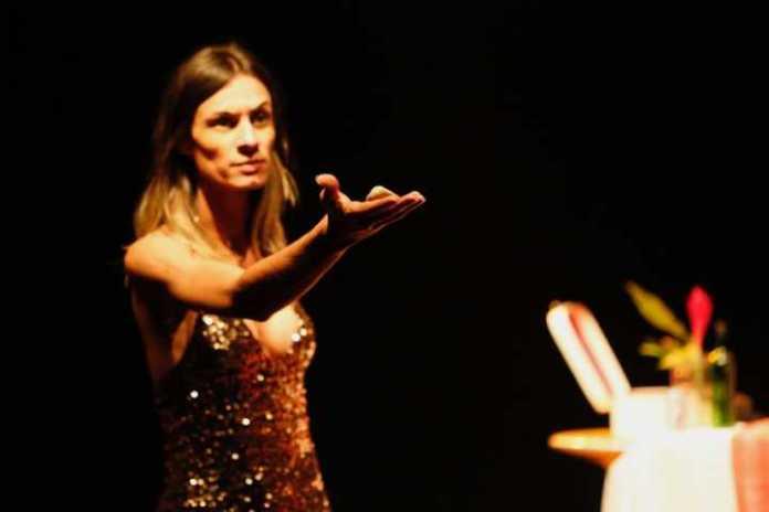 Renata Carvalho, transexual que faz papel de Jesus homossexual