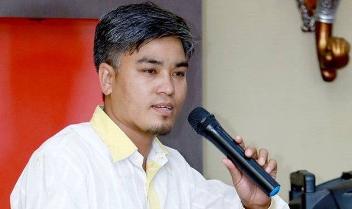 Pastor Lazrus Rasaily, no Nepal