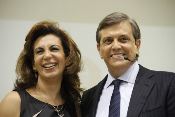 Sônia e Estevam Hernandes, casal líder da Igreja Renascer em Cristo
