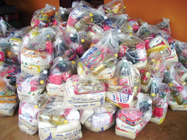 Cestas básicas para doação