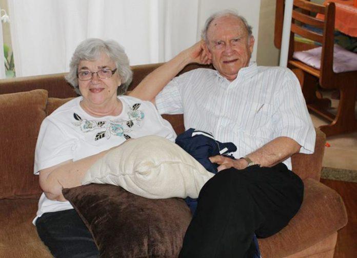 Patricia e Russell Shell estiveram casados por 59 anos e tiveram cinco filhos.