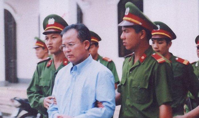 Pastor Nguyen Cong Chinh foi preso e espancado no Vietnã