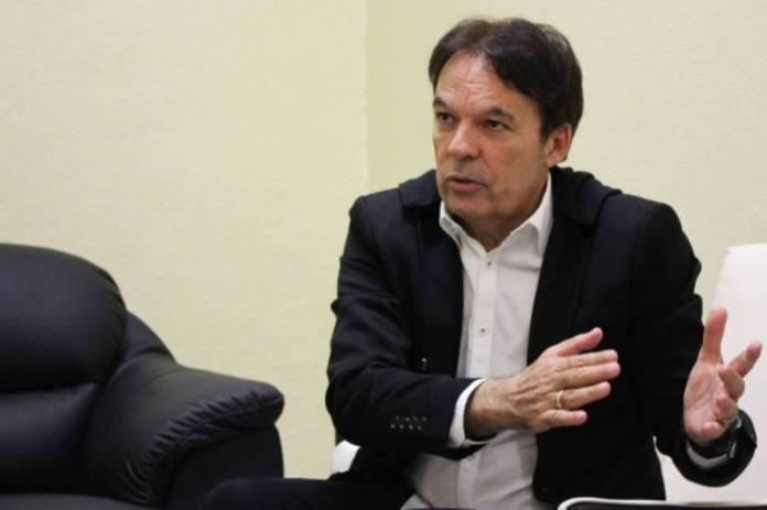 Fundador e presidente da Igreja Sara Nossa Terra, Bispo Robson Rodovalho