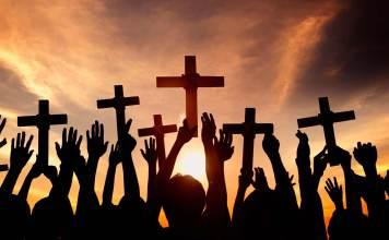 Cristãos sofrem perseguição por causa da fé em Jesus