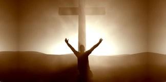 O homem e a cruz de Cristo