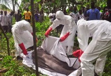 Pessoa morta pela doença ebola, no Congo