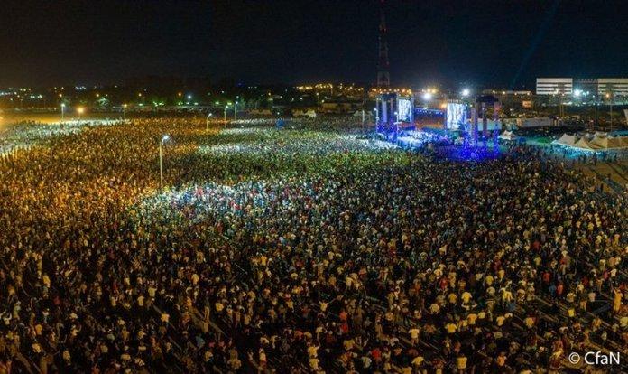 Última cruzada evangelística realizada pelo CfAN reuniu milhares de pessoas em Owerri, na Nigéria. (Foto: Daniel Kolenda/CfAN)