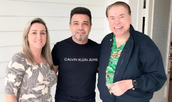 Marco Feliciano se emociona ao conhecer Silvio Santos