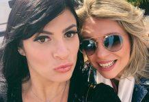 Fernanda Brum com Marina de Oliveira, nos EUA, para gravação de novo álbum