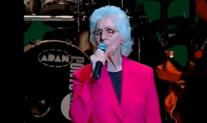 Aos 88 anos, Isa Moysés,fundadora do Ministério Voz da Verdade, morreu após uma parada cardíaca em decorrência de um problema pulmonar. (Foto: Reprodução)