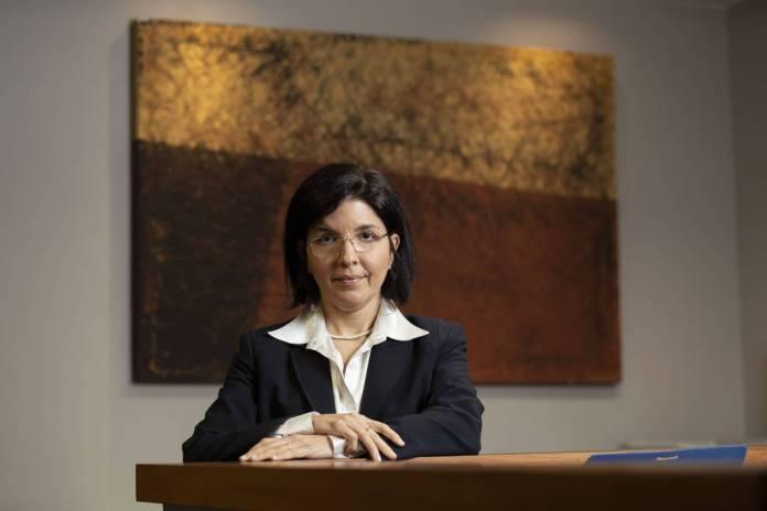 Ana Paula de Barcellos é pastora da Assembleia de Deus e professora de direito constitucional da Uerj (Universidade do Estado do Rio de Janeiro)