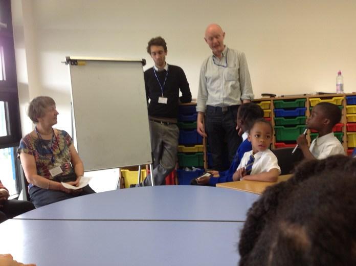 Sala de aula da Escola Primária Heavers Farmer, no sul de Londres