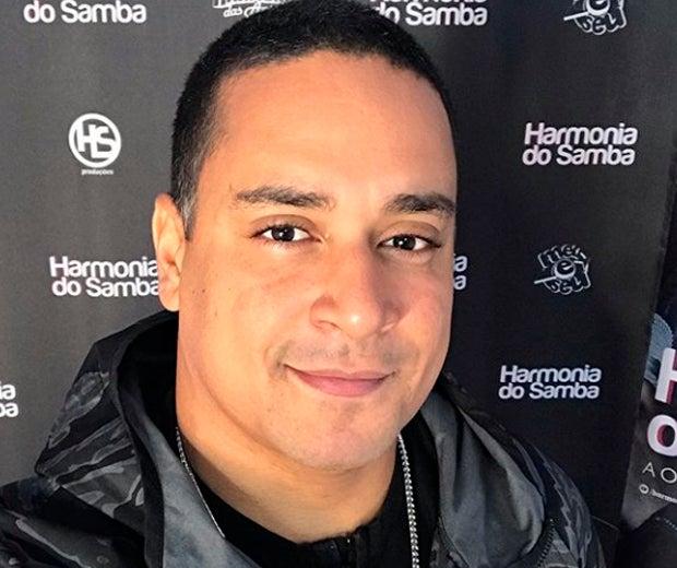 Xanddy, vocalista do Harmonia do Samba