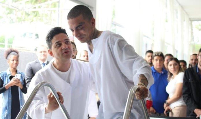 MC Guimê frequenta a igreja de Cassiane e Jairinho há um ano. (Foto: Reprodução/ADALPHA)