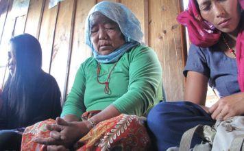 Cristãos orando no Nepal