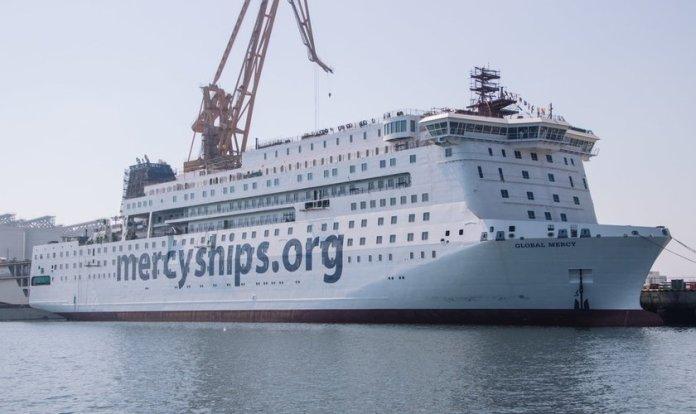 O navio Global Mercy poderá oferecer atendimento cirúrgico a 5.800 pessoas todos os anos. (Foto: Divulgação/Mercy Ships)