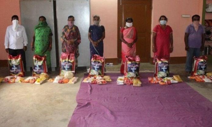 Os cristãos excluídos da ajuda do governo indiano ganharam mais alimentos do que os doados pelo Estado