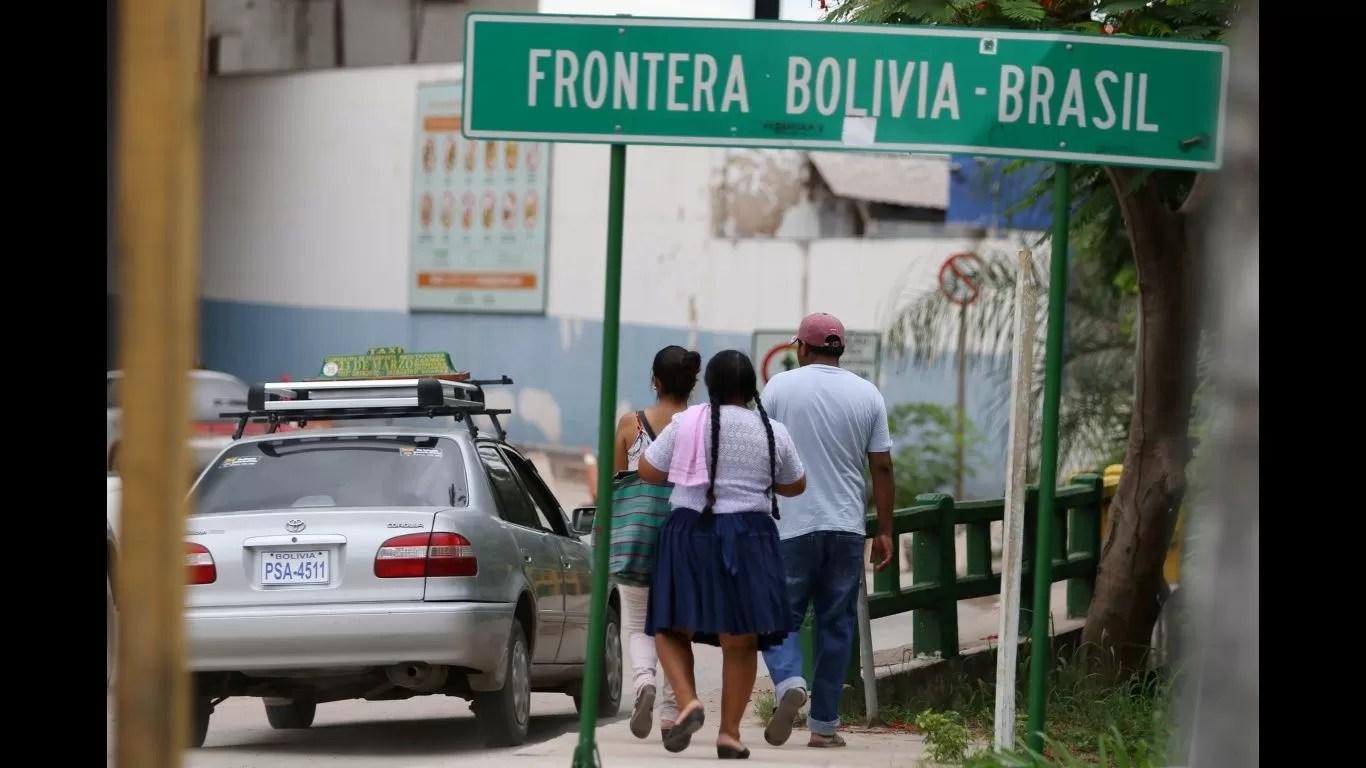 Read more about the article Governo boliviano avalia fechar fronteiras com o Brasil por sete dias
