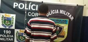 Read more about the article Após causar tumulto em feira foragido da justiça é preso pela PM