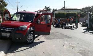 Read more about the article Motociclista sofre traumatismo craniano em colisão com carro na região central