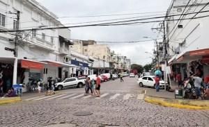 Read more about the article Implantação da área azul é debatida na Câmara para ordenar estacionamento no centro