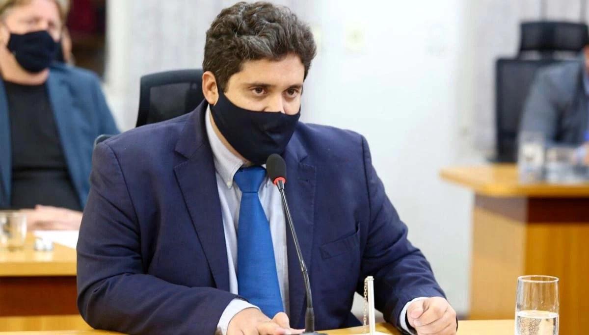 You are currently viewing Vereador sugere que Município reforce campanhas de combate às aglomerações