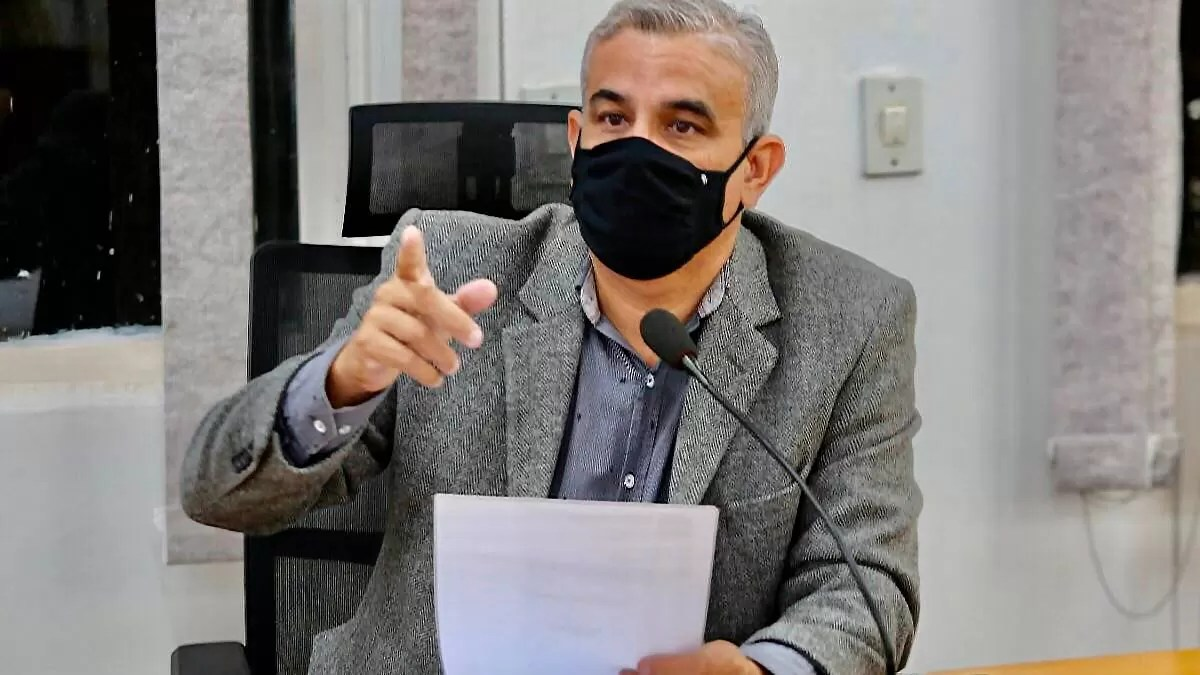 You are currently viewing Vereador pede informações sobre cronograma de obras de infraestrutura no Universitário