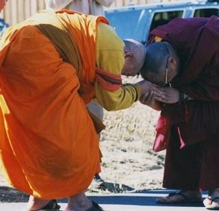dalai lama, maha ghosananda budismo