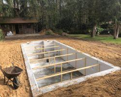 Een zwembad zelf bouwen.