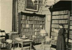 image of college lbrary in Wshington-Franklin Hall from 1908 View Book