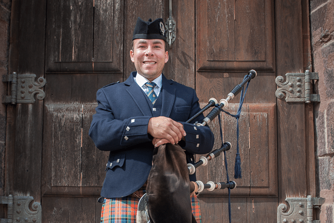Andreas Hambsch mit Great Highland Bagpipe
